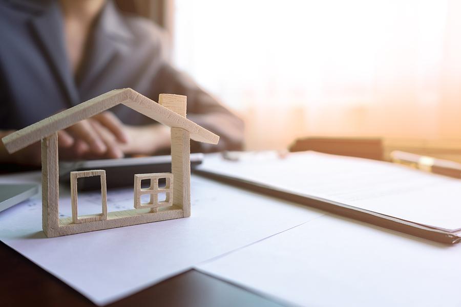 Off plan property realtor